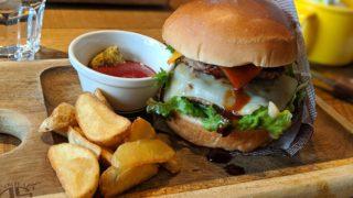 ニックストック広島駅前店のハンバーガー
